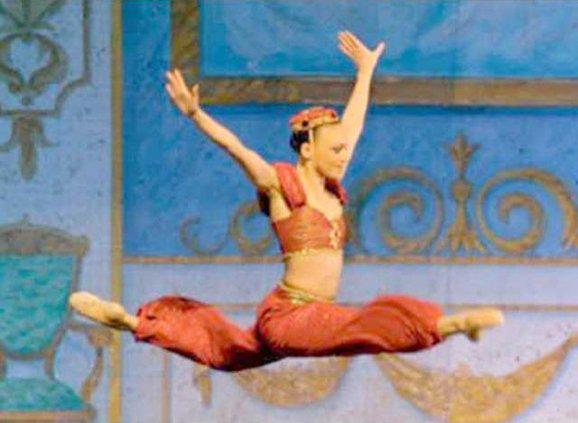 nutcraker dancer