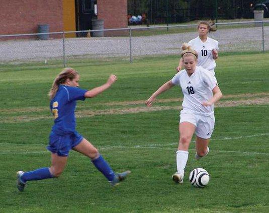 soccer-1---Lauren-Regan