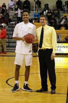 0128 Isaiah Hill 1000 point club