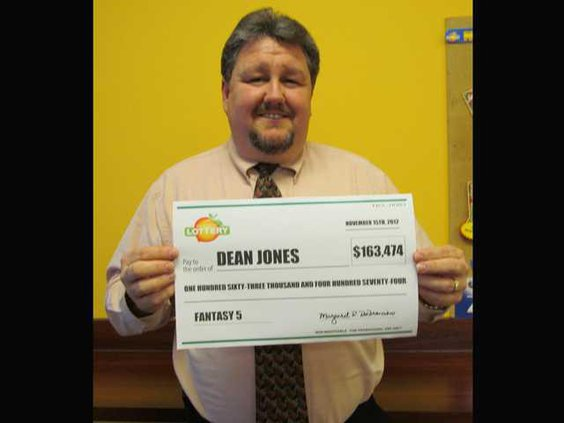 1LottoWinner-Dean Jones 001
