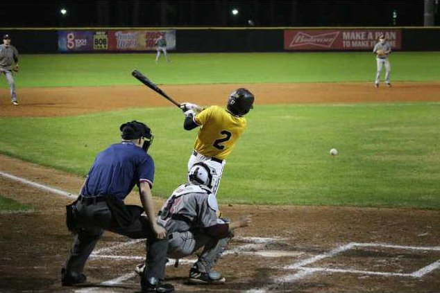 RH baseball1