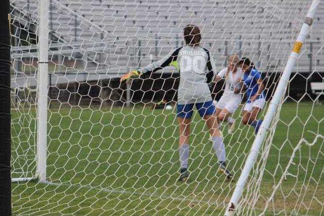 RH girls soccer
