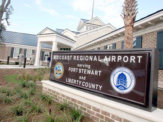 Mid Coast Regional Airport sign
