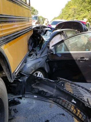 bus wreck 2.jpg