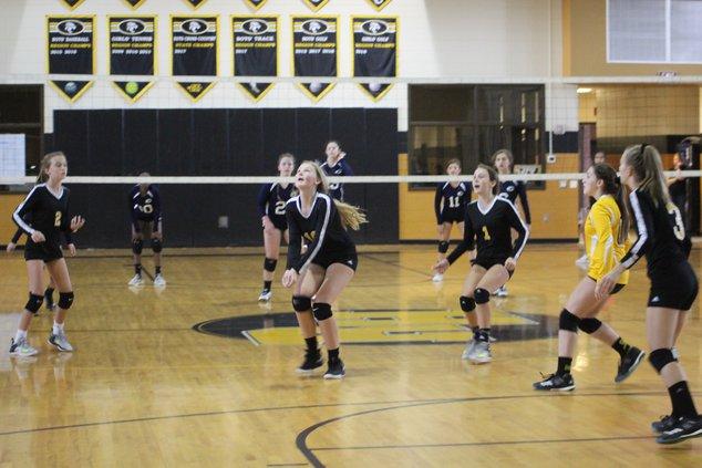 RHMS volleyball