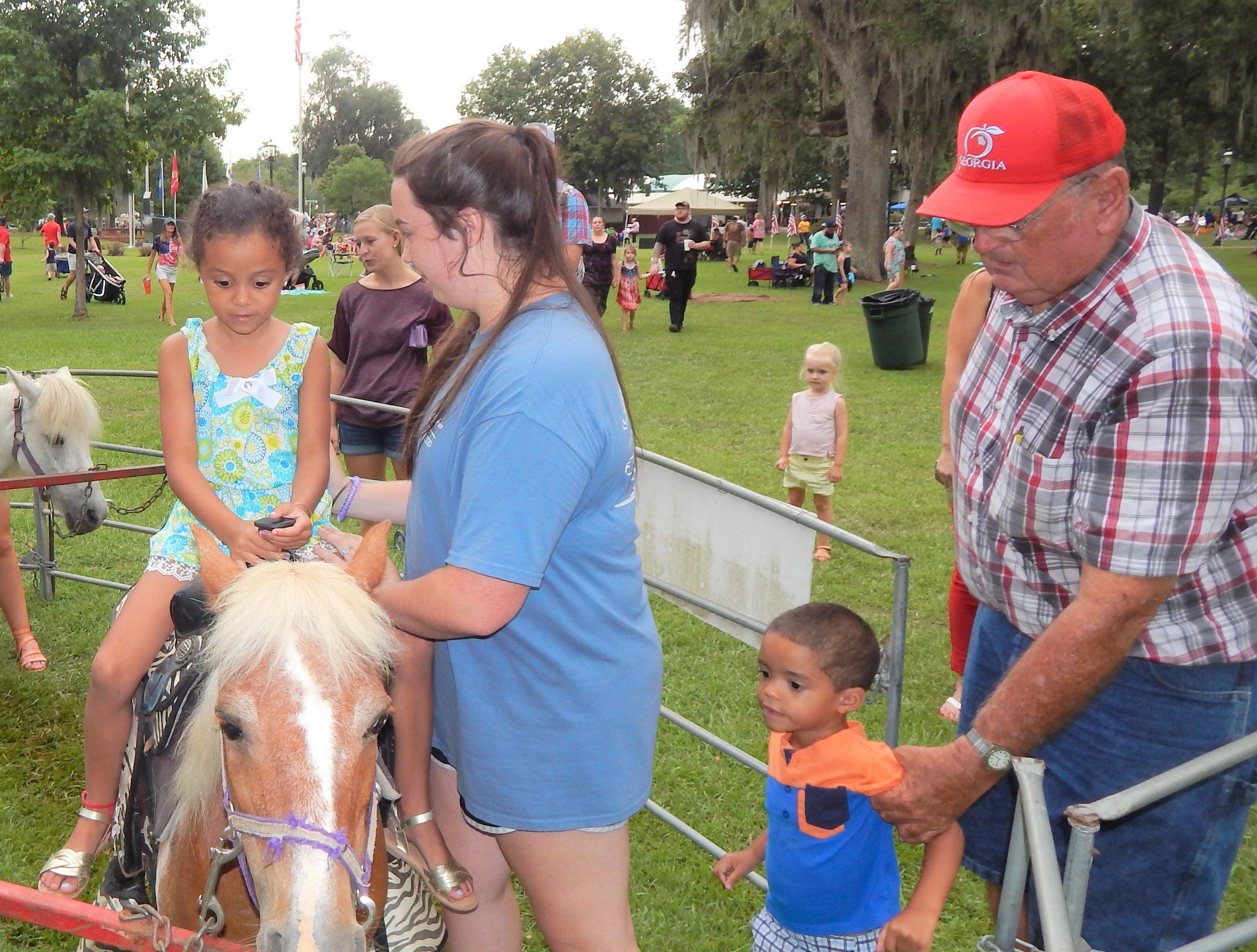 Kids enjoyed the Pony rides. Photo by Mark Swendra.