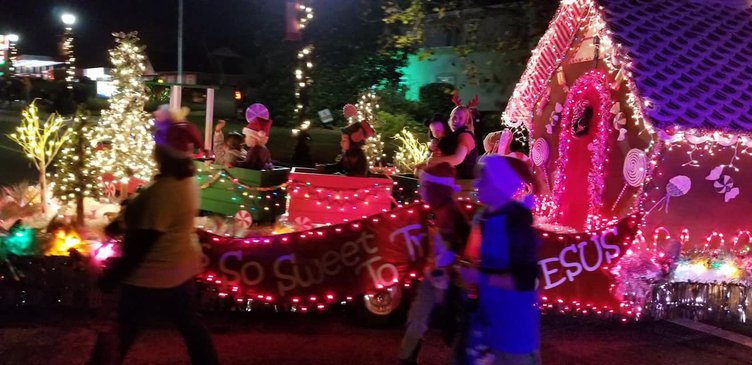 Pembroke Christmas Parade 1