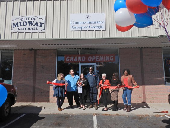 Compass Insurance Group ribbon cutting