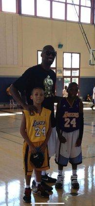 Scott and Dandy meeting Kobe Bryant