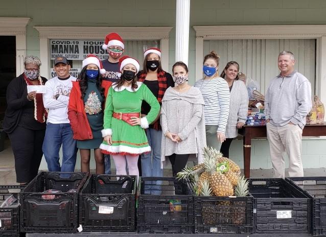 Manna House food donation 1