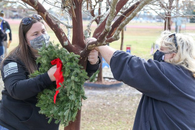 wreaths 2020 2