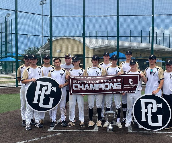 RHHS standouts starring for travel ball Vipers