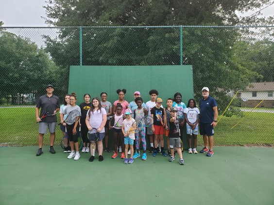 LC youth tennis camp