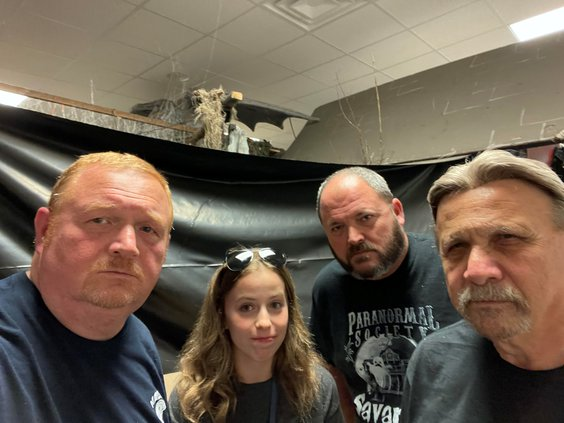 Lizzy with ghost hunters