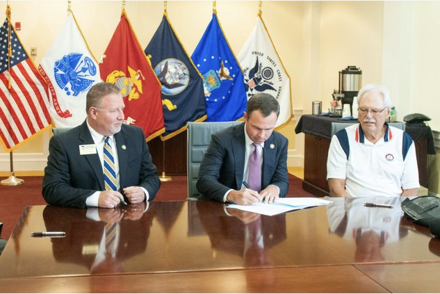 military spouse scholarships